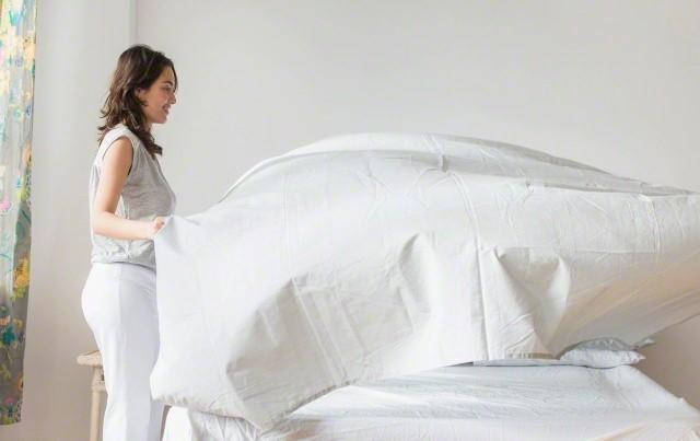 changer les draps de son lit