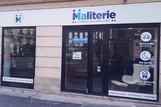 photo devanture magasin de Paris 17
