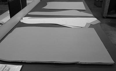 fabrication-fauteuil-tissu-decoupe-NB.JP